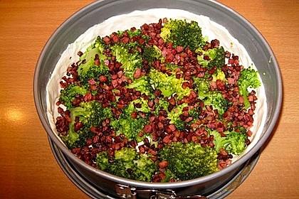 Brokkolitorte mit Mandel - Käsehaube 11