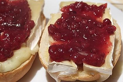 Toast mit Camembert 1