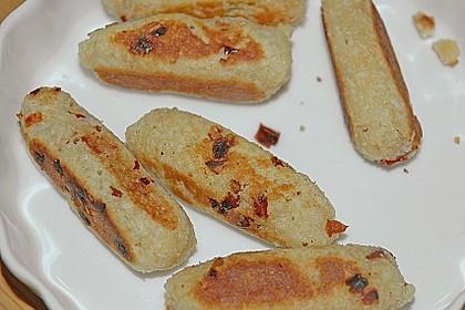 Spanische Ziegenkäse - Kroketten mit Tomatensalsa 5