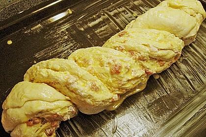 Schwäbischer Zopf mit Schinken - Käsefüllung 19