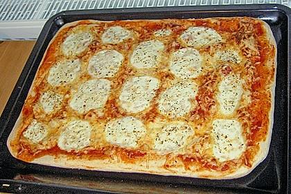 Superknuspriger Pizzateig 3