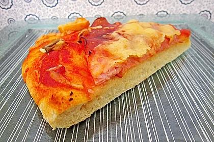 Superknuspriger Pizzateig 11