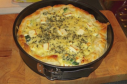 Brokkoli - Feta - Pie 10