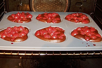 Pietras Schokoladige Kirsch - Gugelhupf 12