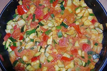 Spaghetti mit Zucchini - Tomaten - Pesto - Sauce 1