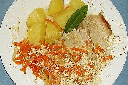 Steirisches Wurzelfleisch mit Safterdäpfeln