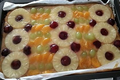 Quarkkuchen vom Blech mit Früchten 7