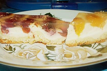 Quarkkuchen vom Blech mit Früchten 15