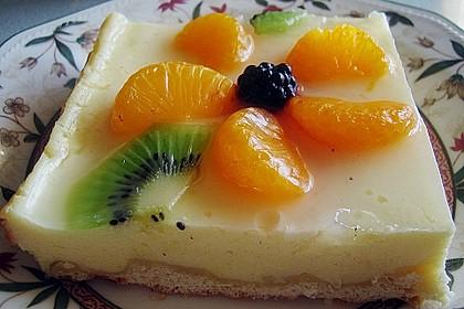 Quarkkuchen vom Blech mit Früchten 3