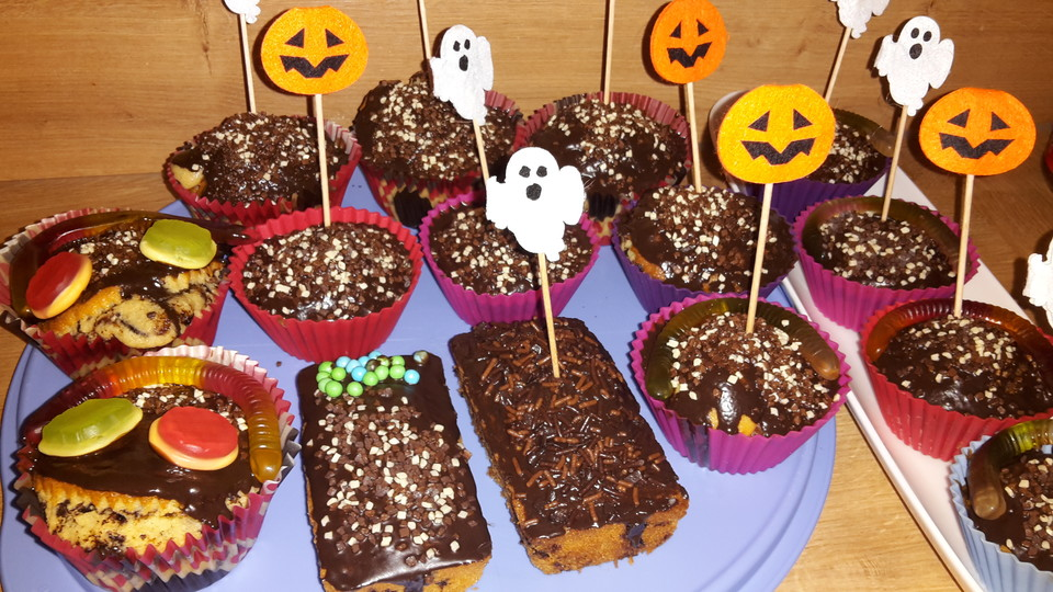 halloween schoko muffins rezept mit bild von fenraya. Black Bedroom Furniture Sets. Home Design Ideas