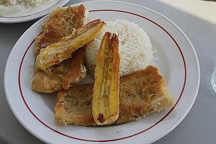 Schwarzer Degenfisch  mit gebratenen Bananen nach Madeira - Art
