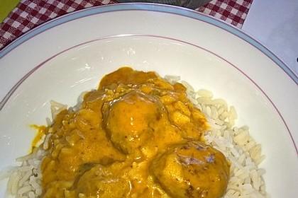 Erdnuss - Hack - Bällchen in Currysauce 20