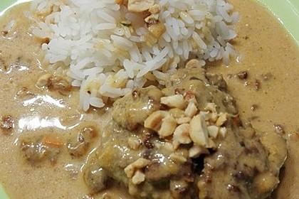 Erdnuss - Hack - Bällchen in Currysauce 21