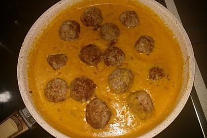Erdnuss - Hack - Bällchen in Currysauce 18
