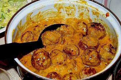 Erdnuss - Hack - Bällchen in Currysauce 13