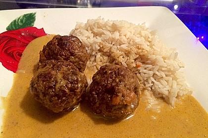 Erdnuss - Hack - Bällchen in Currysauce 9