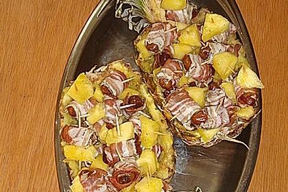 Partyananas mit Speck - Datteln