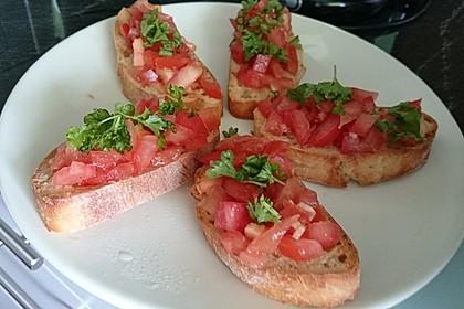 Bruschetta mit Tomaten und Knoblauch 23
