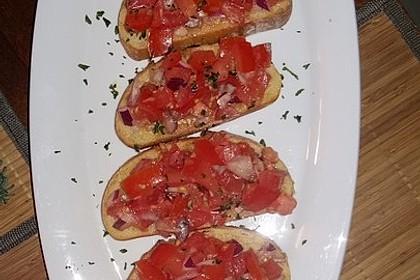 Bruschetta mit Tomaten und Knoblauch 33