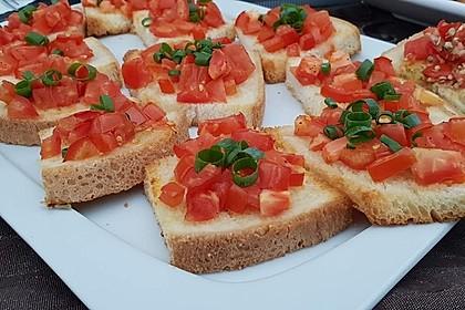Bruschetta mit Tomaten und Knoblauch 26