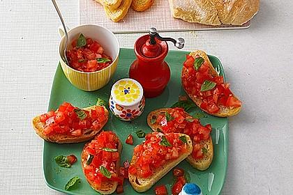 Bruschetta mit Tomaten und Knoblauch 4