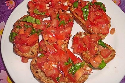 Bruschetta mit Tomaten und Knoblauch 8