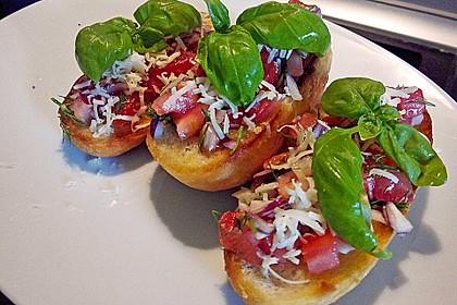 Bruschetta mit Tomaten und Knoblauch 24