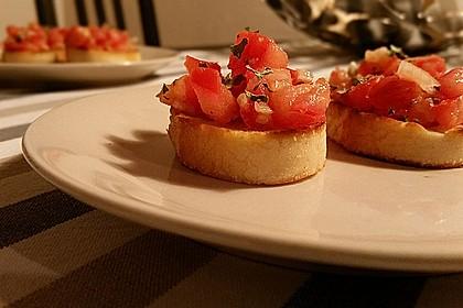Bruschetta mit Tomaten und Knoblauch 2