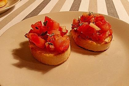 Bruschetta mit Tomaten und Knoblauch 11