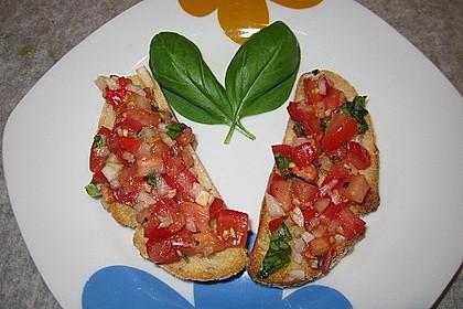 Bruschetta mit Tomaten und Knoblauch 15