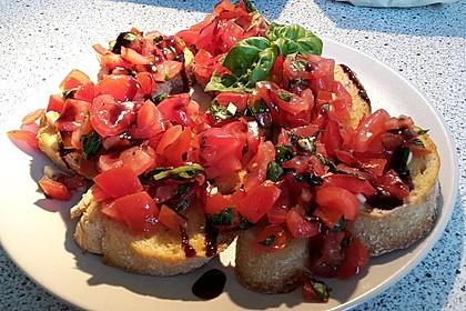 Bruschetta mit Tomaten und Knoblauch 20