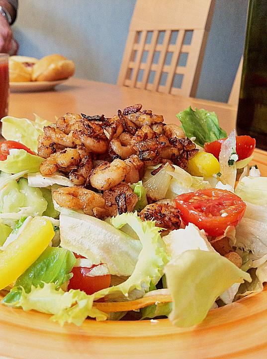 bunter salat mit krabben rezept mit bild von luckys home. Black Bedroom Furniture Sets. Home Design Ideas