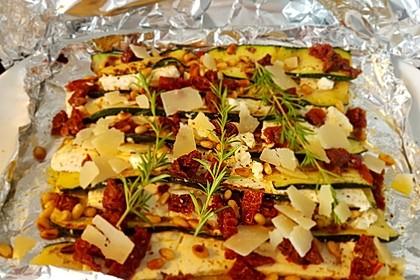 Auberginen-Zucchini-Fetapäckchen 4