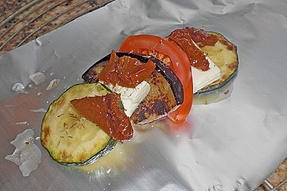 Auberginen-Zucchini-Fetapäckchen 17