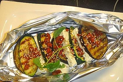 Auberginen-Zucchini-Fetapäckchen 1