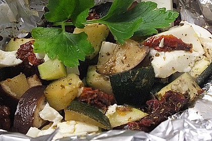 Auberginen-Zucchini-Fetapäckchen 8