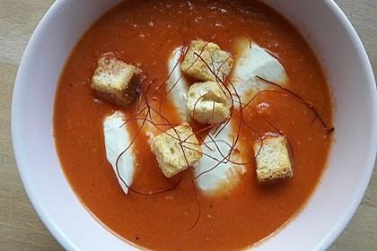 Tomatensuppe mit Gorgonzola