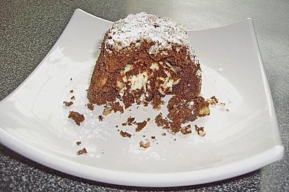 Schokoladentörtchen mit flüssiger weißer Schokolade 11