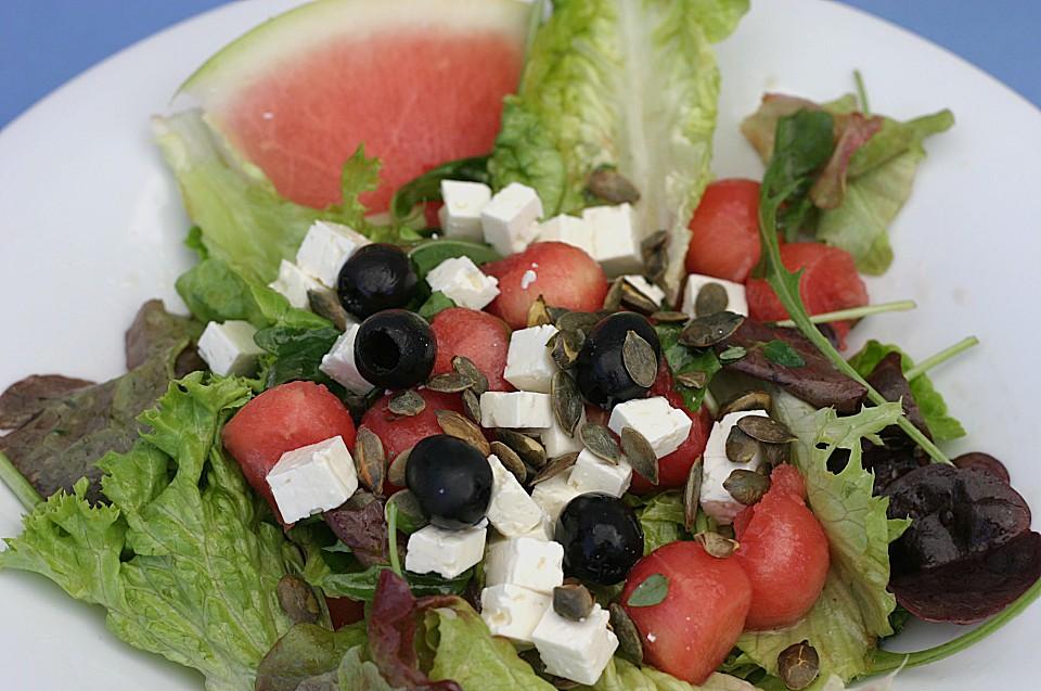melonen salat mit schafsk se und oliven von steffypeter. Black Bedroom Furniture Sets. Home Design Ideas