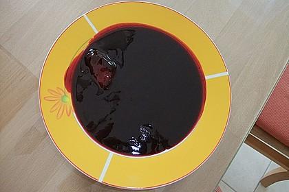 Holunderbeersuppe mit Grießklößchen 2