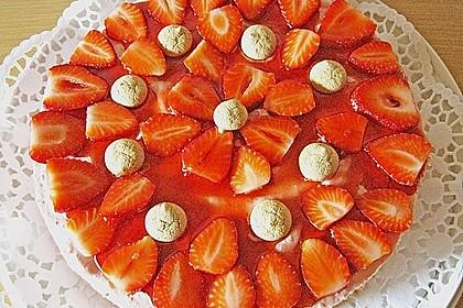 Erdbeertorte mit Amarettini