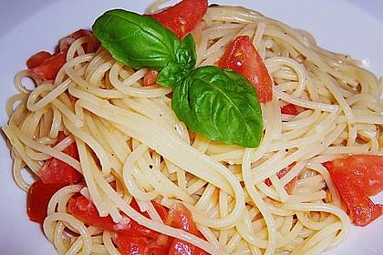 Spaghetti mit Cocktailtomaten 13