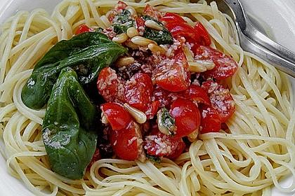 Spaghetti mit Cocktailtomaten 9