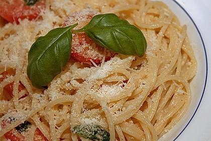 Spaghetti mit Cocktailtomaten 14