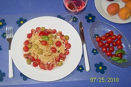 Spaghetti mit Cocktailtomaten 47