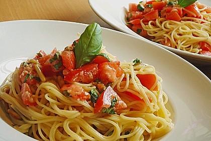 Spaghetti mit Cocktailtomaten 1