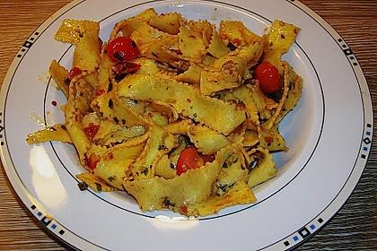 Spaghetti mit Cocktailtomaten 60
