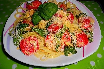 Spaghetti mit Cocktailtomaten 25