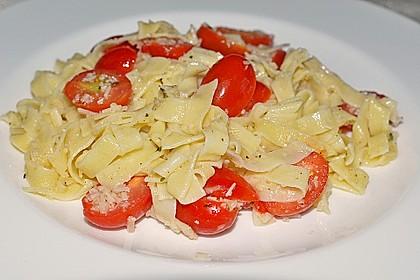 Spaghetti mit Cocktailtomaten 52