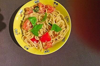 Spaghetti mit Cocktailtomaten 74